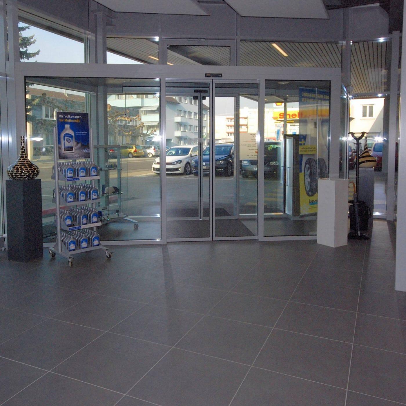 Heerbrugg AMAG Eingang